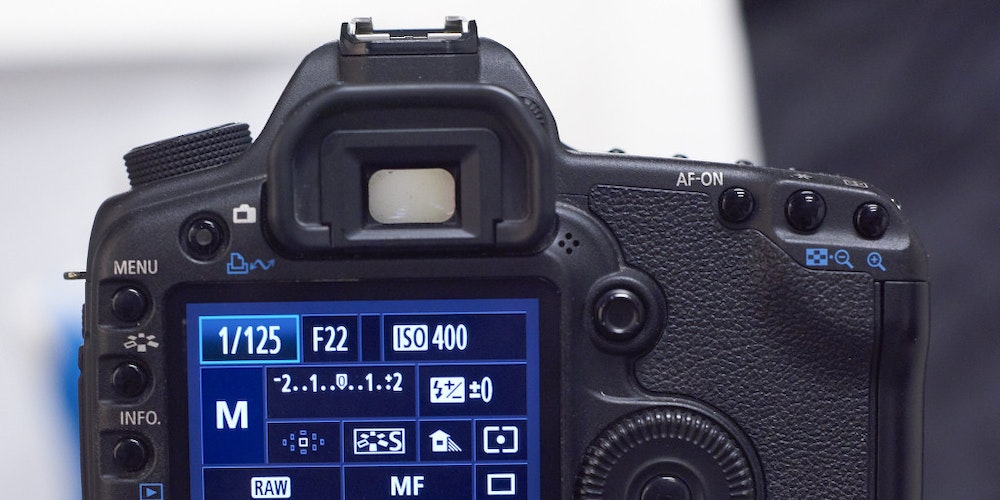 manual shutter speed in pixel camera